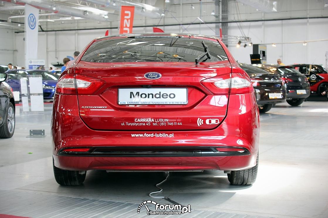 Ford Mondeo, tył