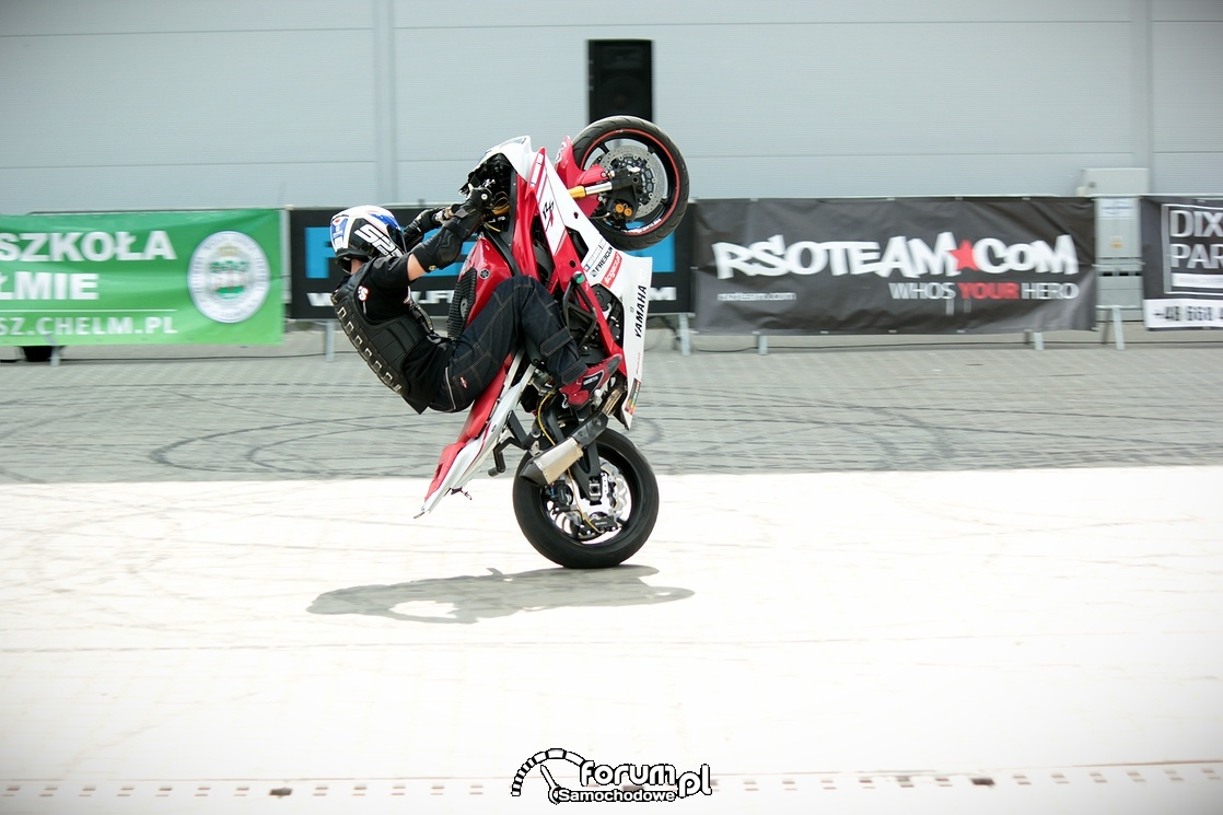 Stunt motocyklowy, 2