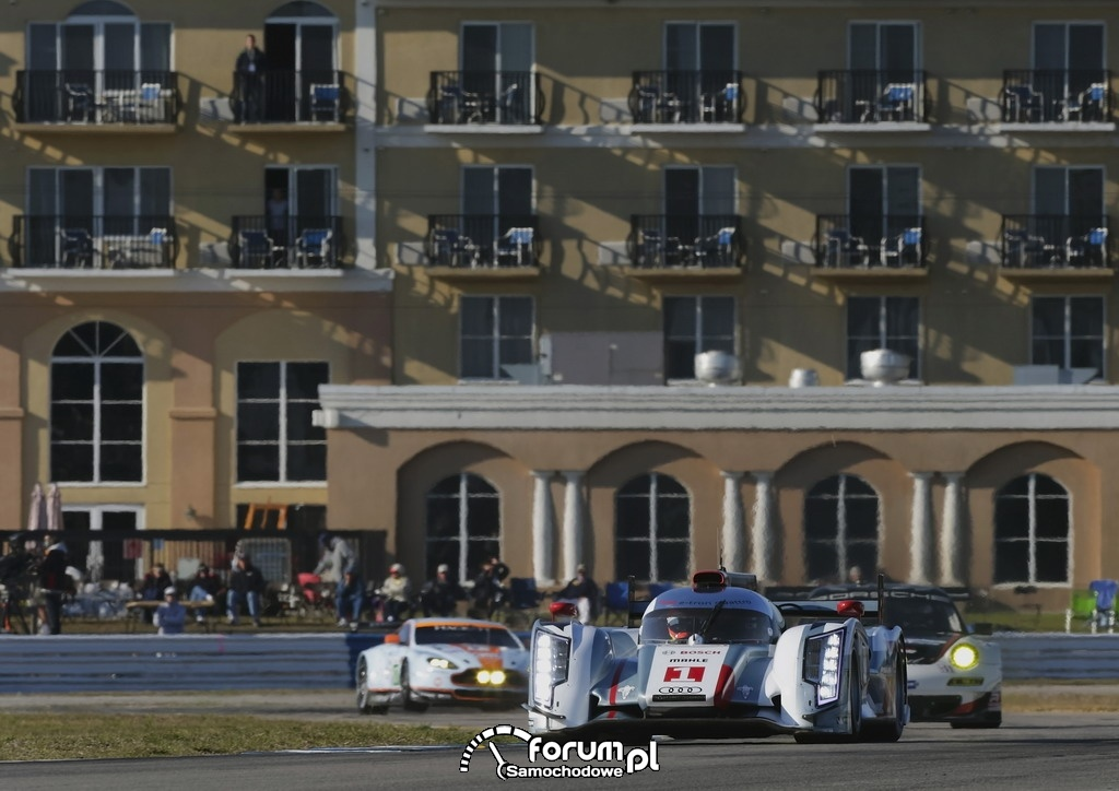 Audi R18 e-tron quattro po raz pierwszy zwycięża w Sebring