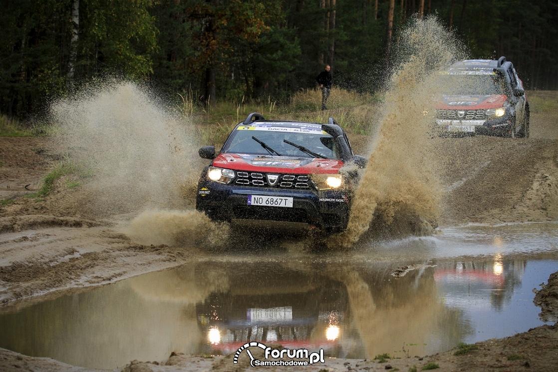 Dacia Duster Motrio Cup, przejazd przez głęboką wodę