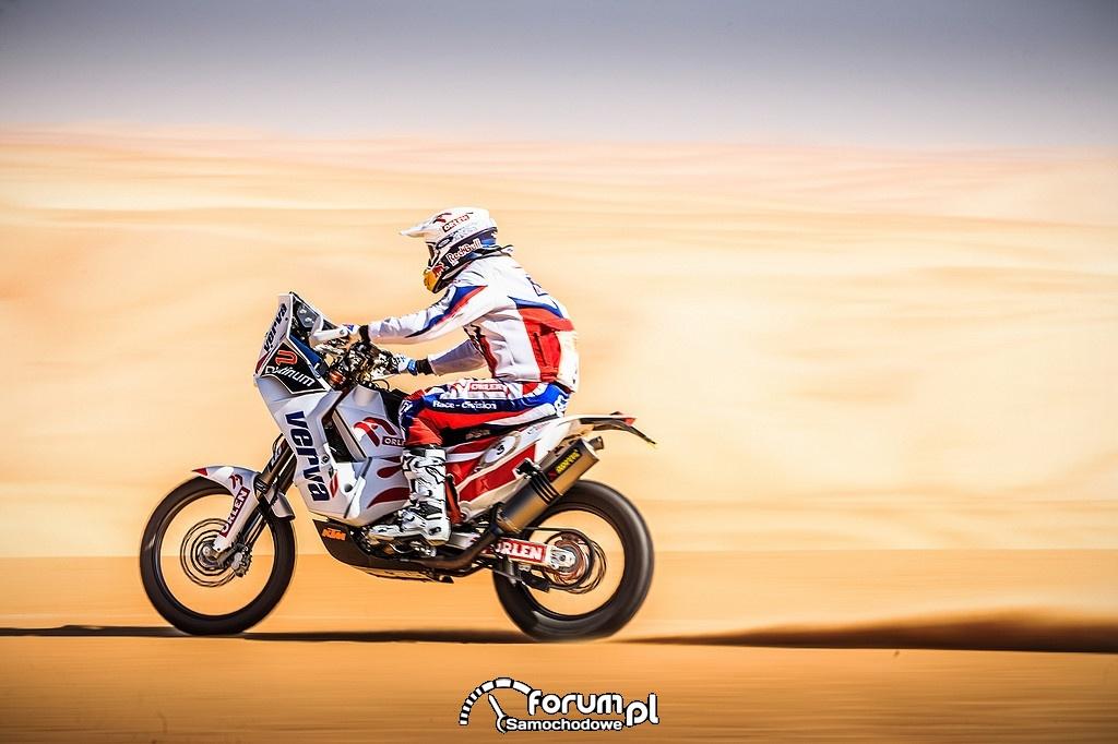 Motocyklista na Dakarze