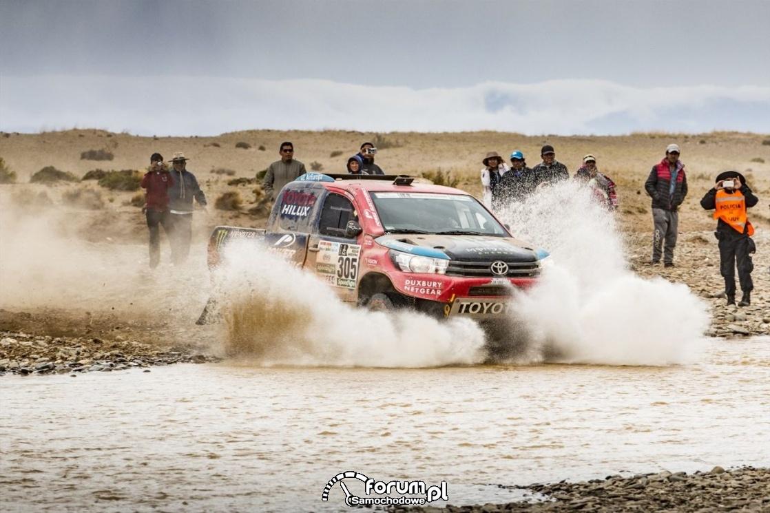 TGR - Toyota Hilux, Rajd Dakar, woda