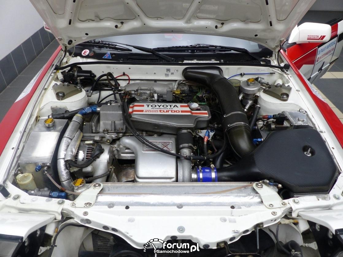 Rajdowa Celica GT4 Carlosa Sainza na sprzedaż