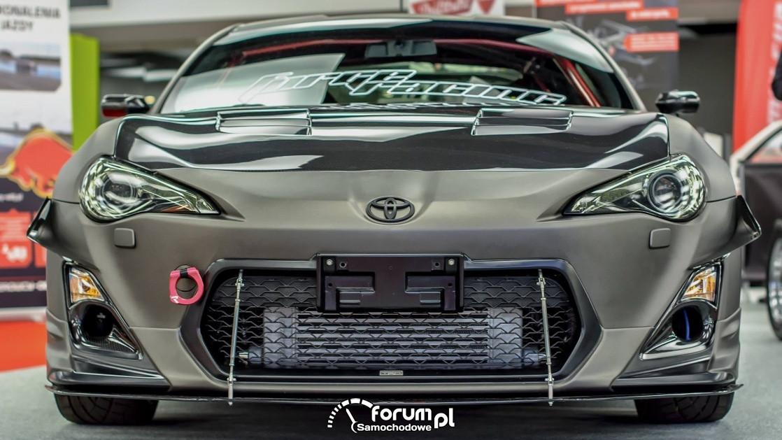 Toyota GT86 by Piotr, tuning, przód