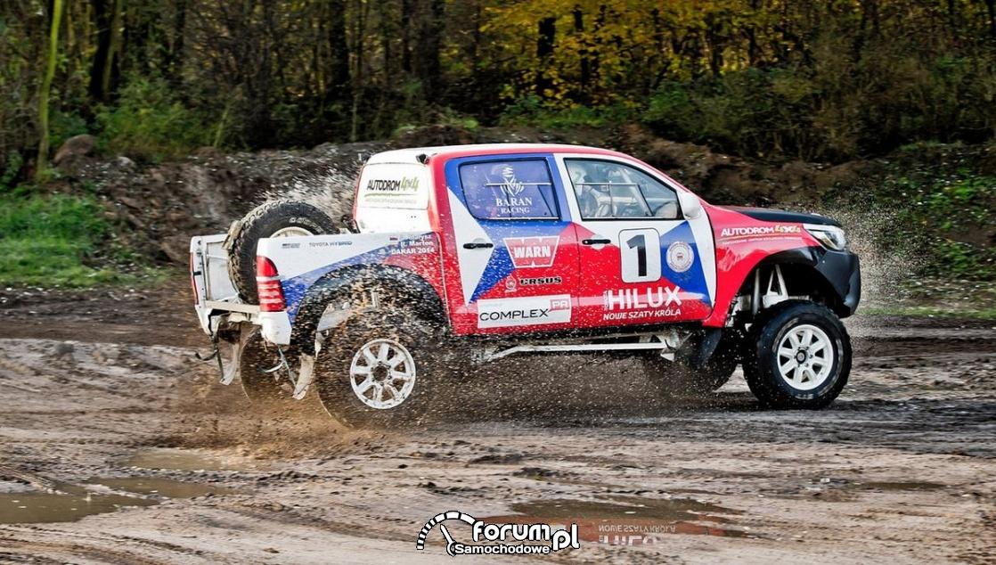 Toyota Hilux Kronos V8