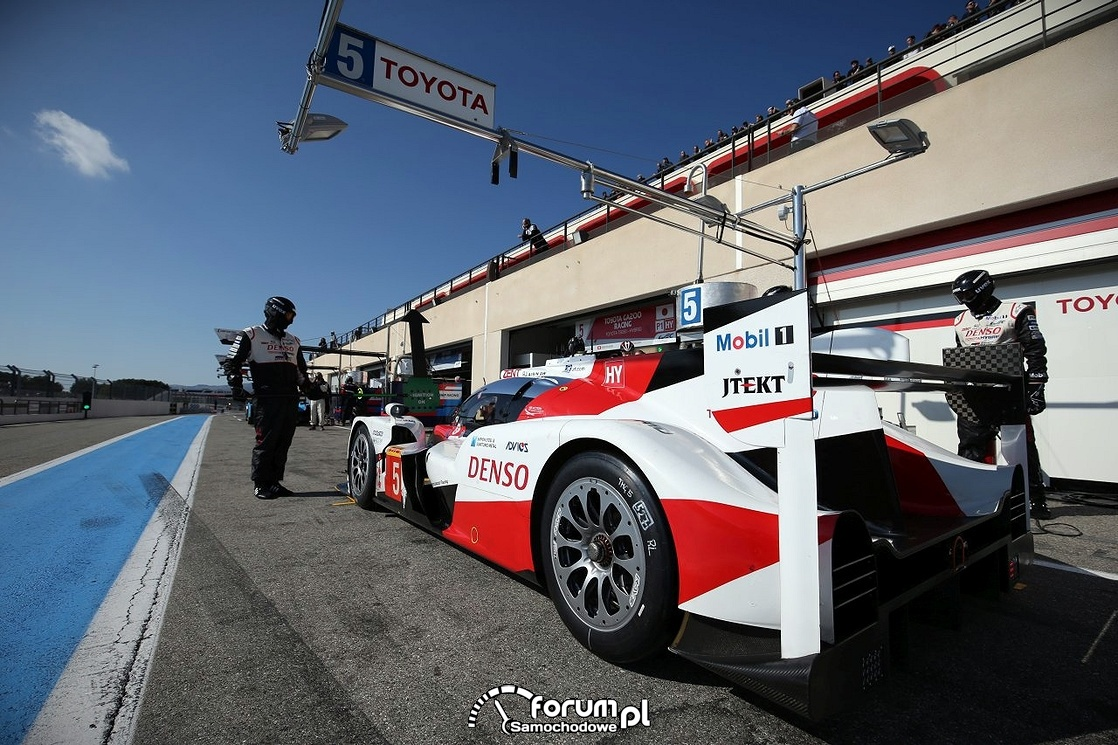 Toyota TS050 Hybrid, Pit Stop