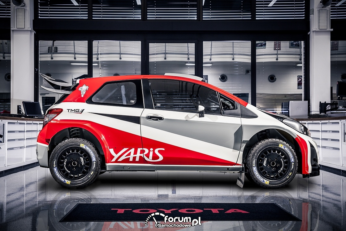 Toyota Yaris WRC, bok