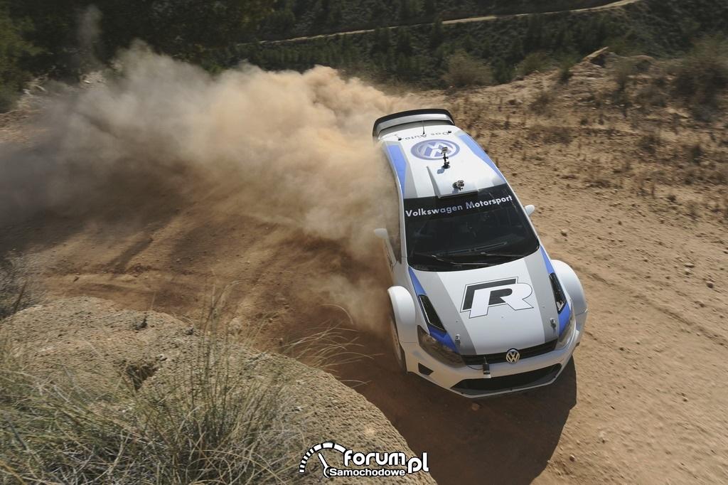 Volkswagen Polo R WRC, rajd, szutr, zakręt, widok z góry
