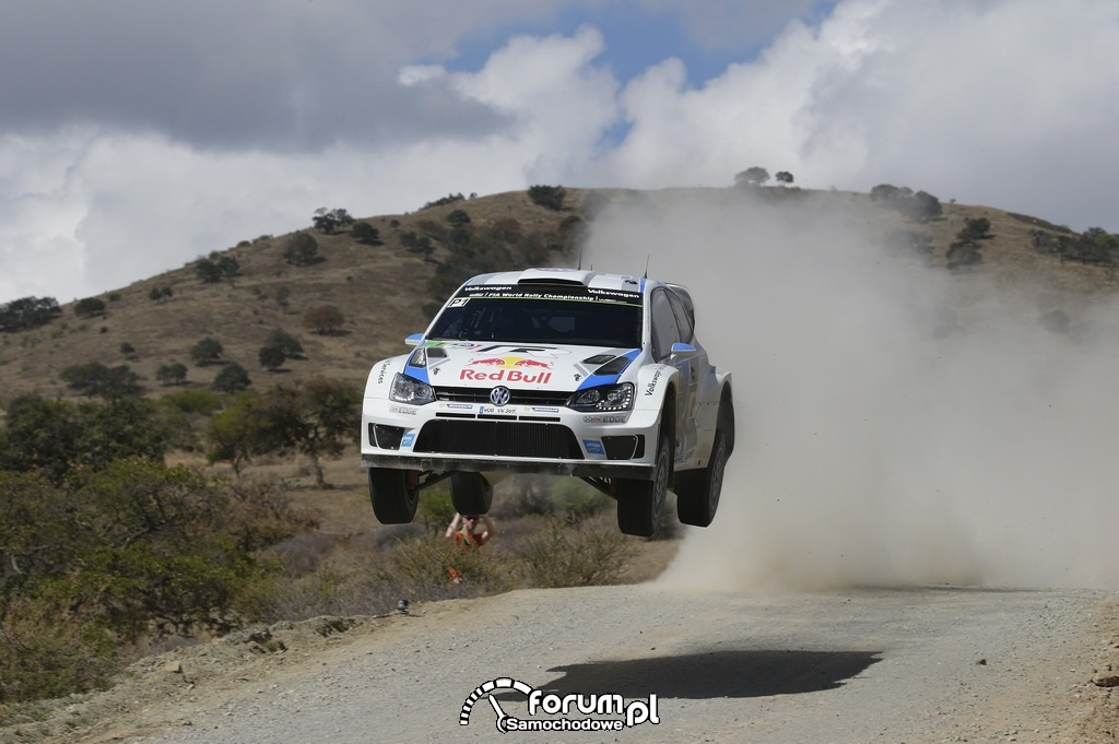 Volkswagen Polo R WRC w powietrzu, Rajd Meksyku 2014