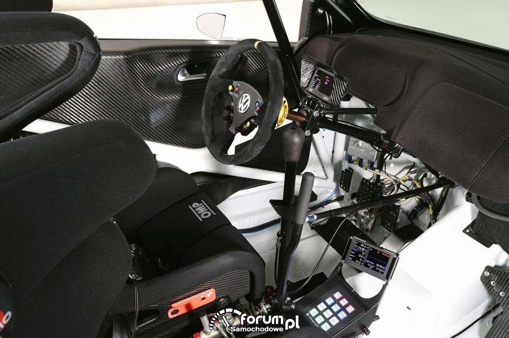 Volkswagen Polo R WRC, wnętrze