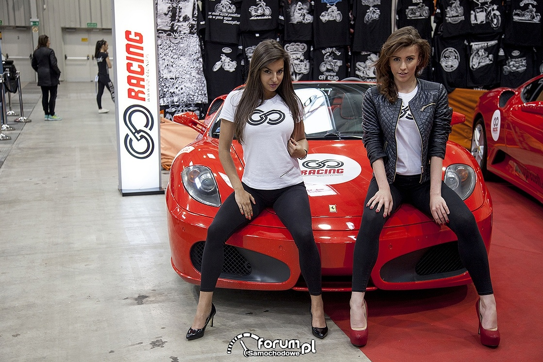 Ferrari i dziewczyny