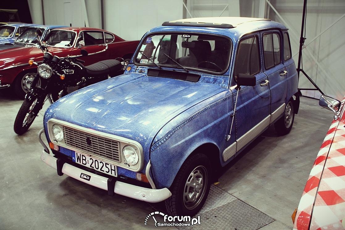Samochód w kolorze dżinsu