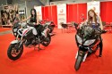 Dziewczyny na motorach Yamaha