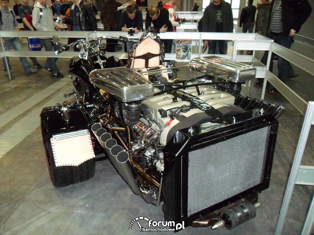 Silnik w motorze trajka