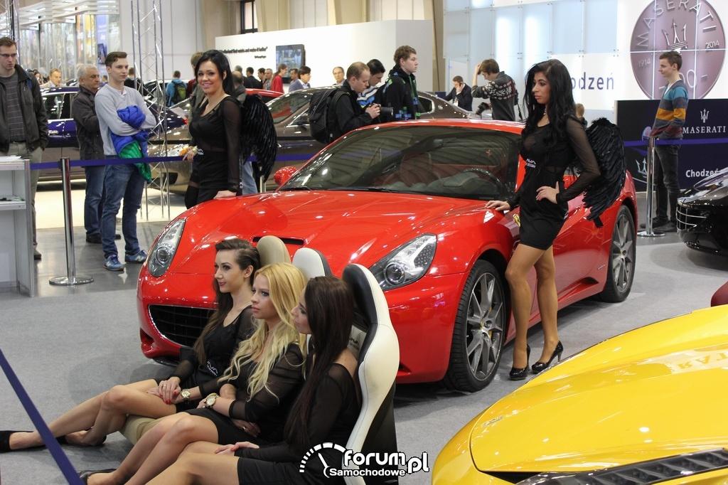 Modelki, hostessy, Ferrari