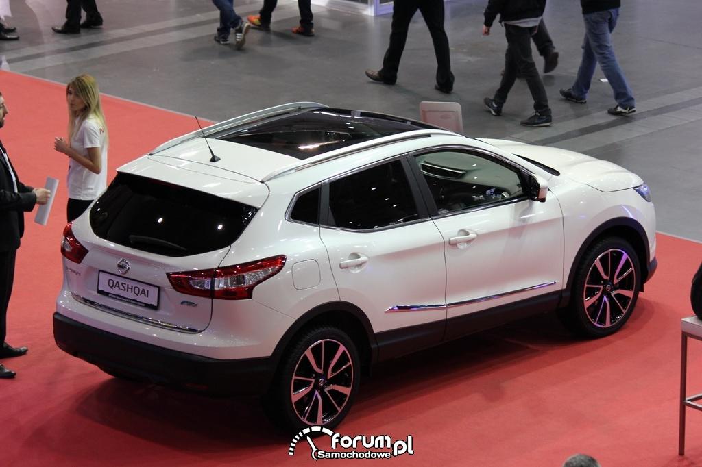 Nowy Nissan QASHQAI z góry