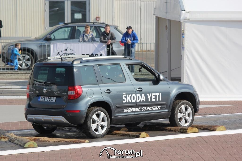 Skoda Yeti, kontrolowany przejazd po nierównościach