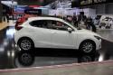 Mazda2, bok