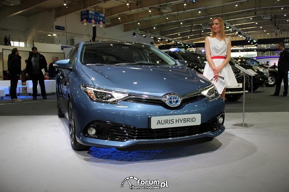 Toyota Auris Hybrid, przód