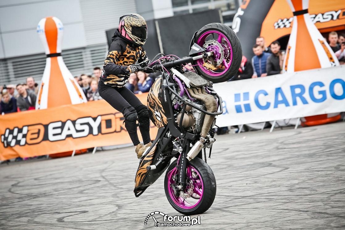 Ewa stunt motocyklowy