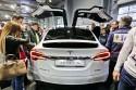 Tesla Model X, tył