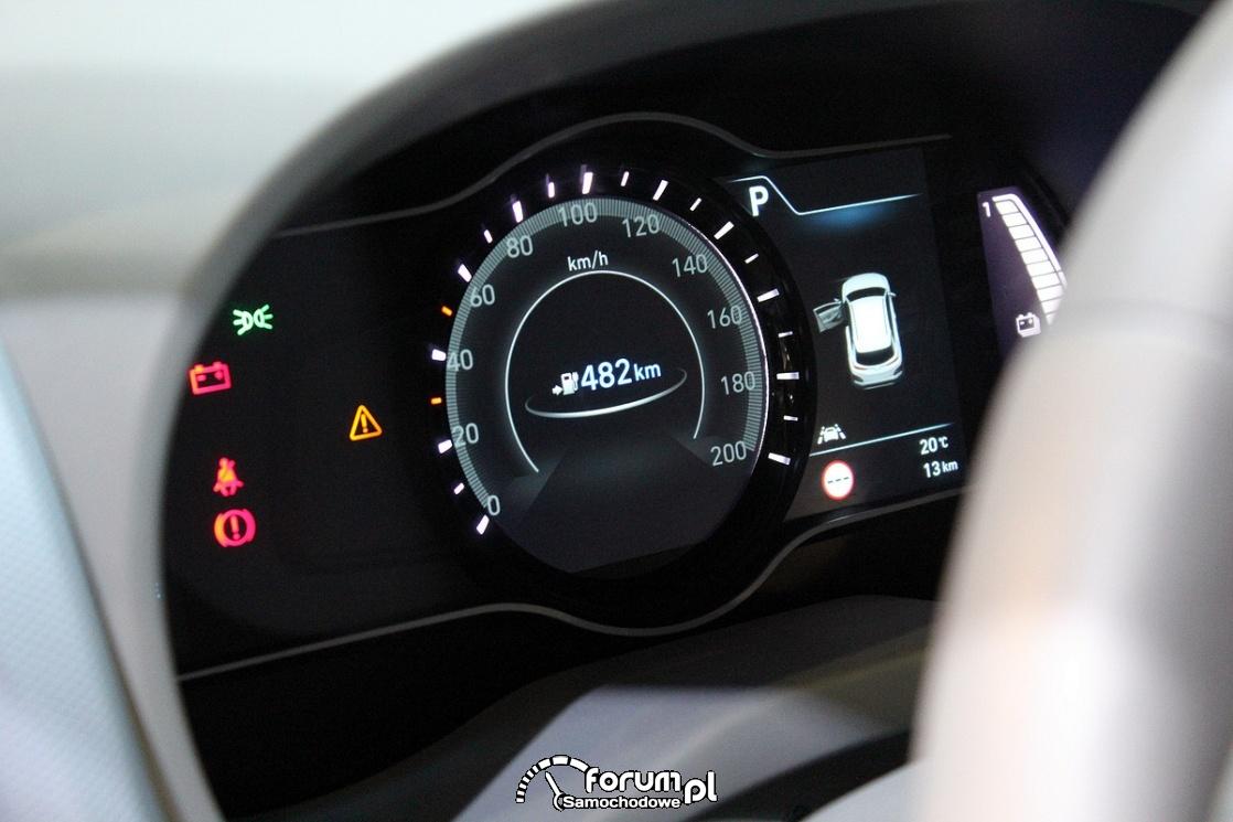 Hyundai Kona Electric, licznik