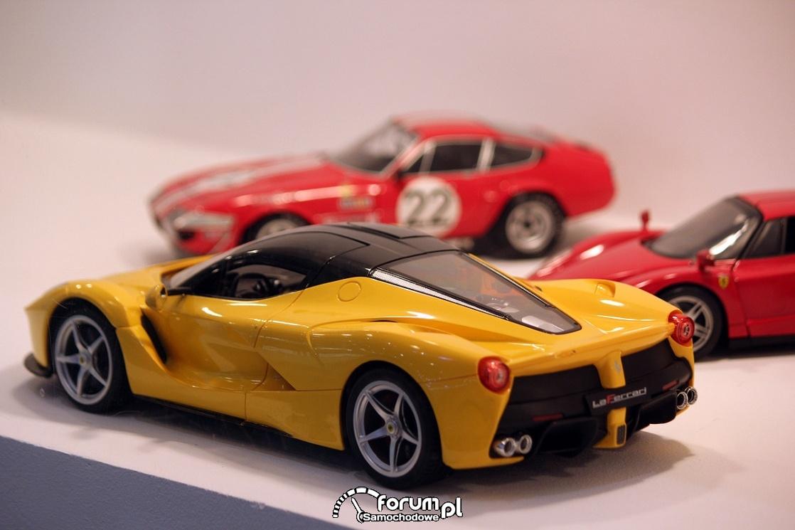 Modele miniaturowe samochodów LaFerrari