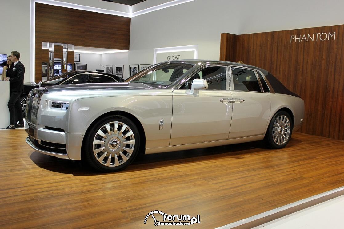 Rolls-Royce Phantom, bok