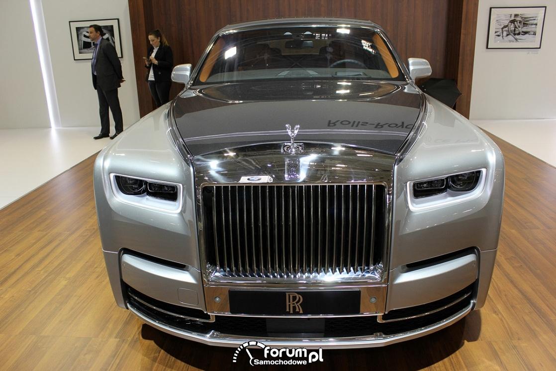Rolls-Royce Phantom, przód