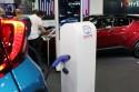Stacja ładowania samochodu hybrid plug-in