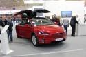 Tesla Model X, przód