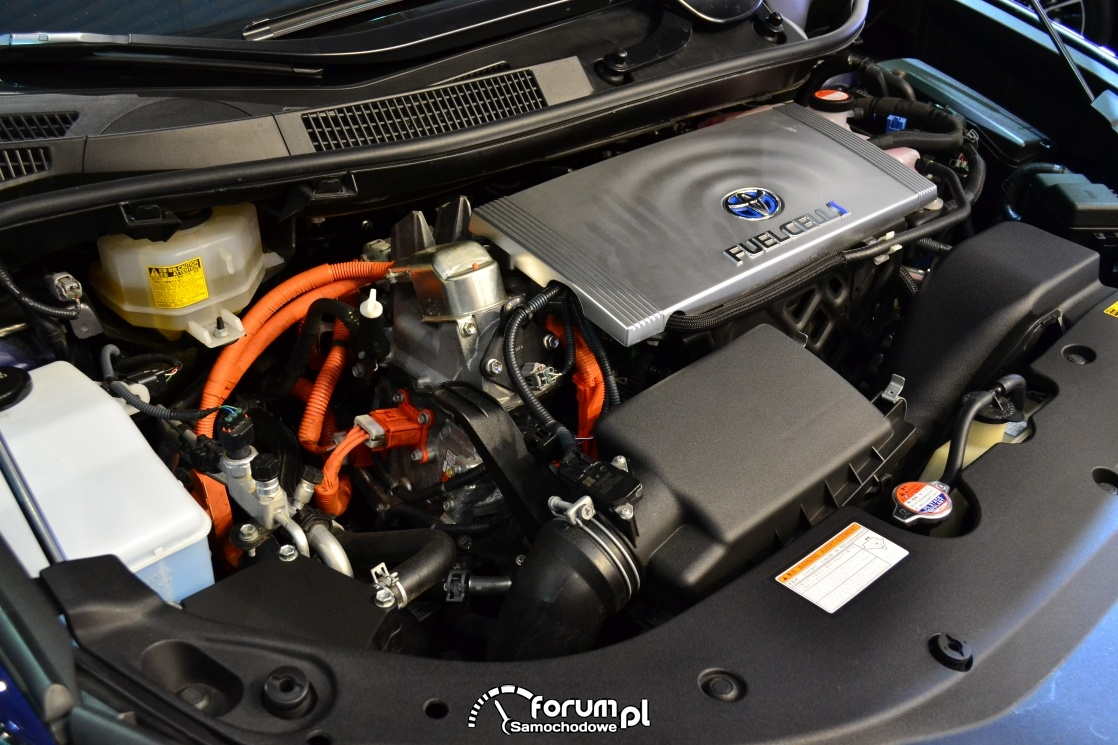 Toyota Mirai, silnik, wodorowy