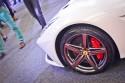 Ferrari F12 Barinetta, alufelga i czerwony zacisk hamulcowy