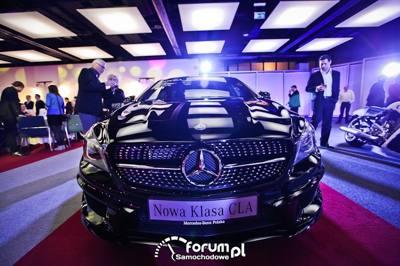 Mercedes-Benz nowa Klasa CLA, przód