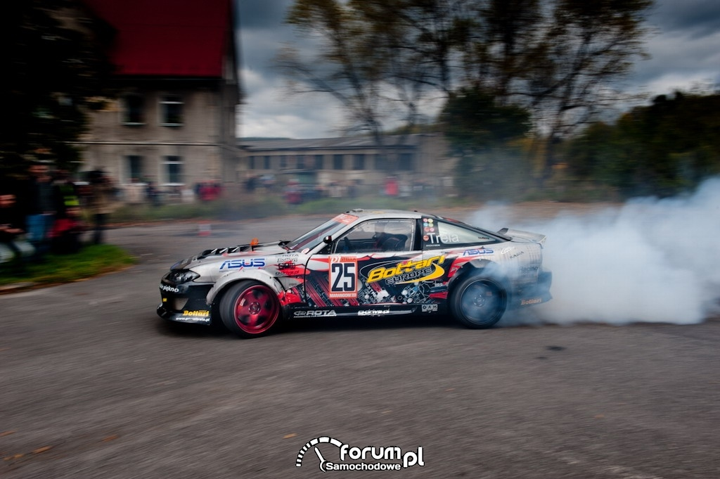 Polski drifter Paweł Trela