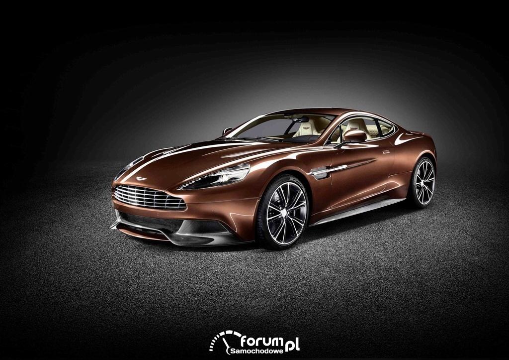 Aston Martin Vanquish, przód