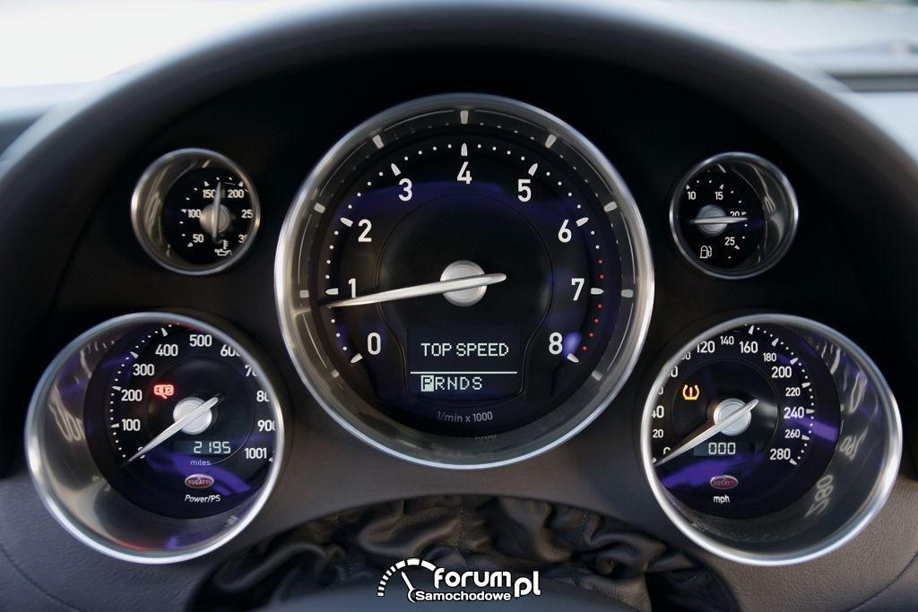 Bugatti 16.4 Veyron - zegary