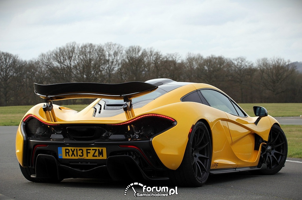 McLaren P1, tył
