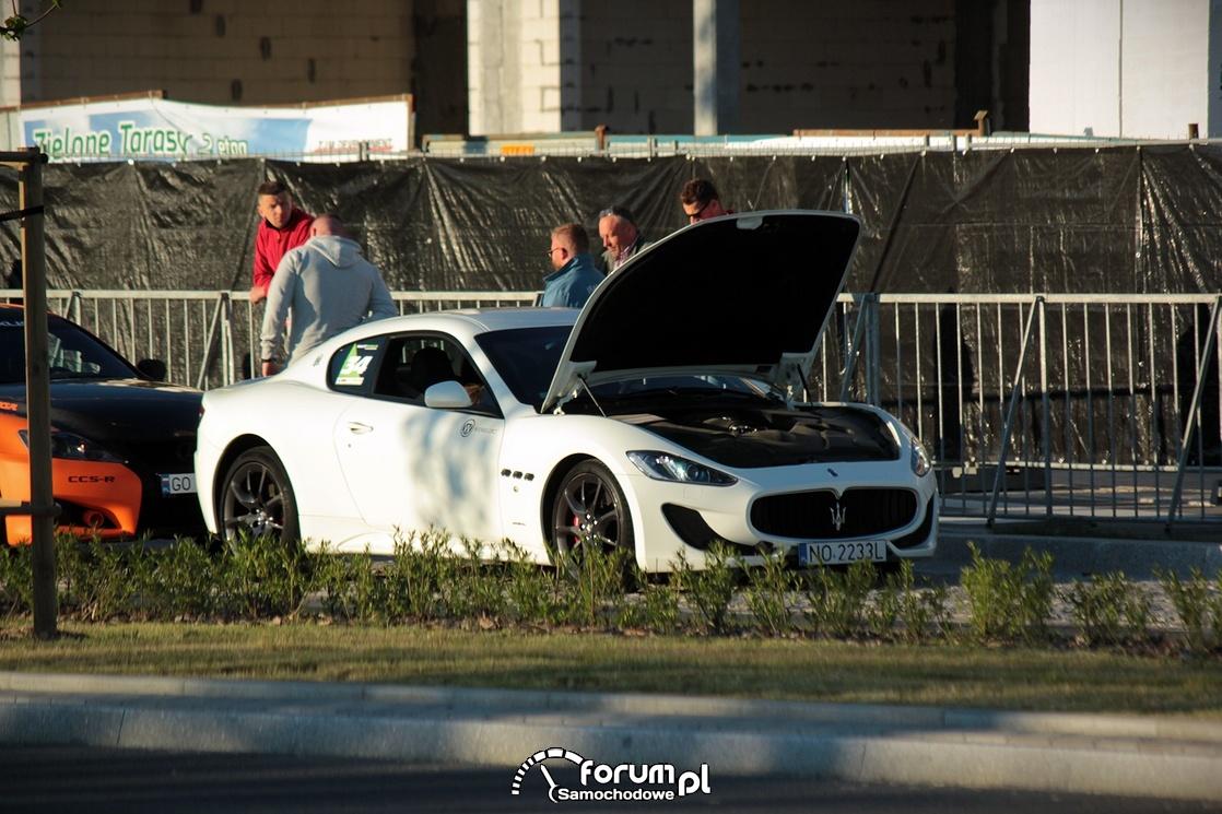 Maserati GranTurismo, chłodzenie silnika po wyścigu
