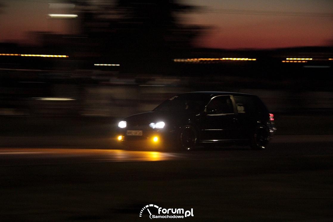 Nocne wyścigi