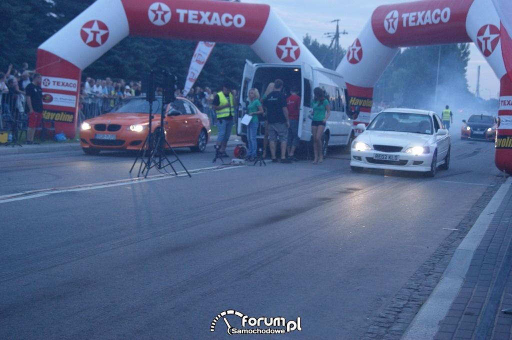BMW M5 serii 5 E60 vs Honda Accord