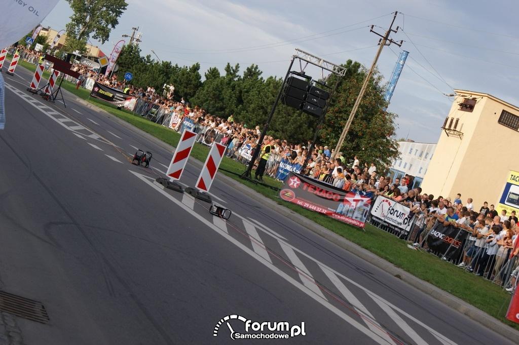 Publiczność na wyścigach