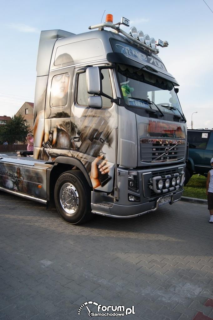 Volvo FH16 700KM, ciągnik siodłowy