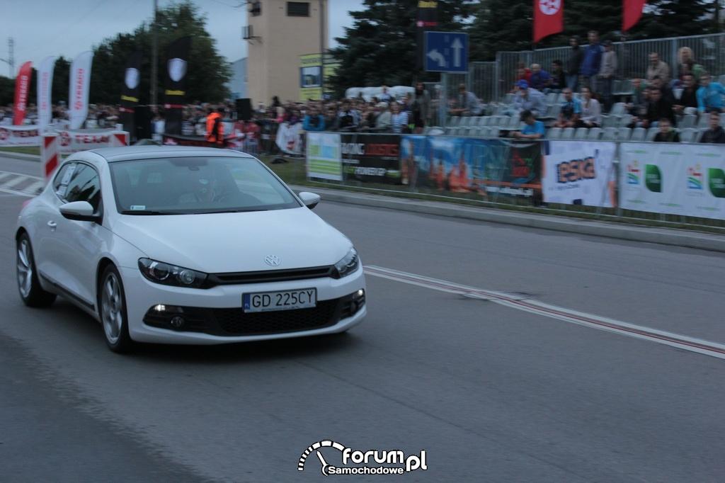 VW Scirocco, biały