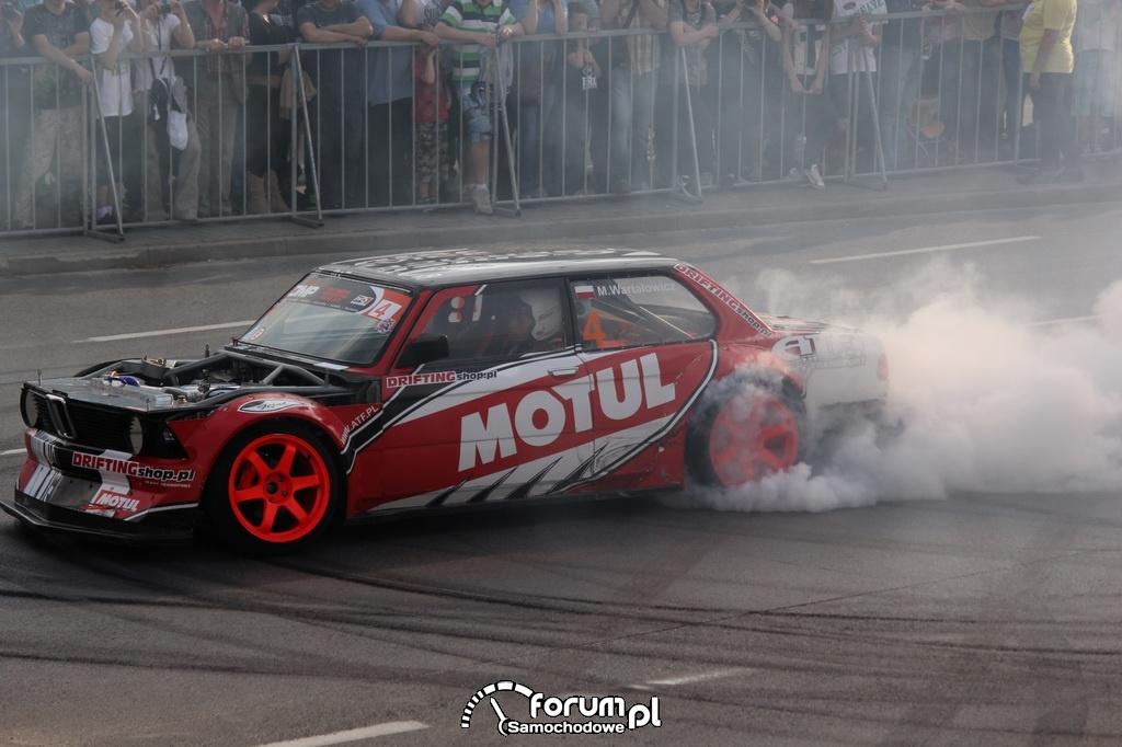 BMW E21 - Rekin, drifting
