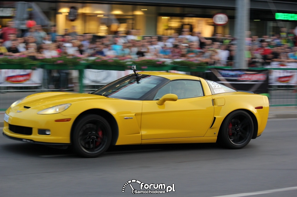 Corvette Z06 - 600 KM, 800 NM, wyścig