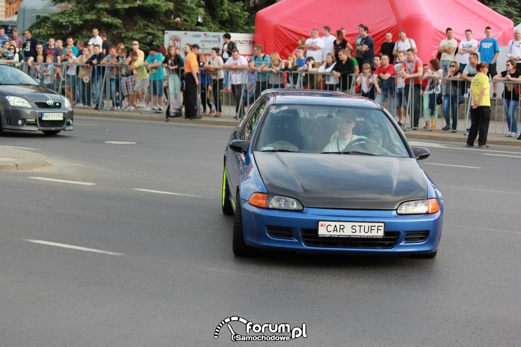 Honda Civic - 210 KM, 245 NM