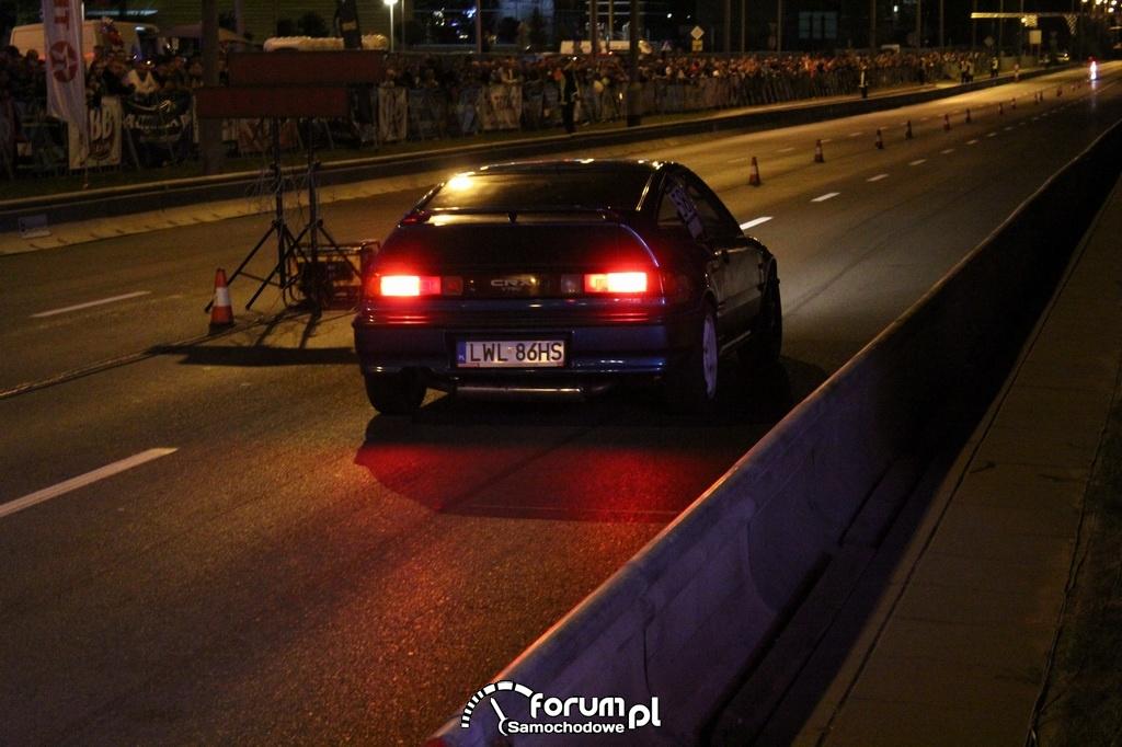 Honda CRX w nocy