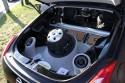 Nissan Z350, zabudowa caraudio