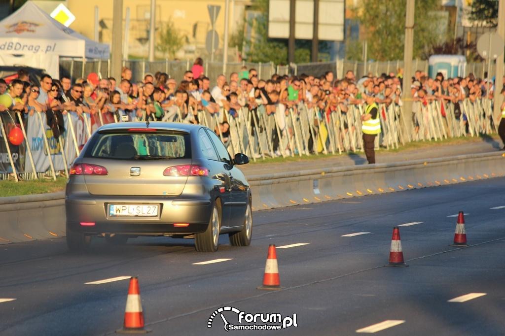 Seat Ibiza podczas wyścigu równoległego